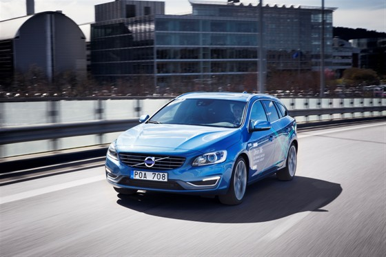 volvo v60 self driving