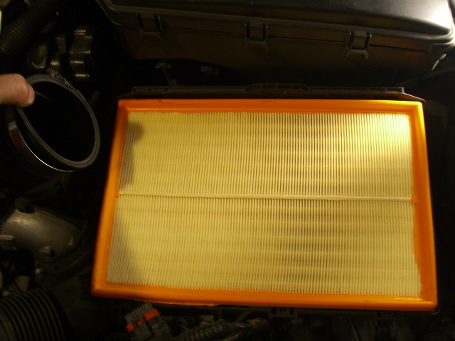 How to replace Engine Air Filter, S60 V70 S80 XC70 XC90